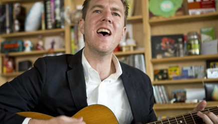 Hamilton Leithauser performs a Tiny Desk Concert.