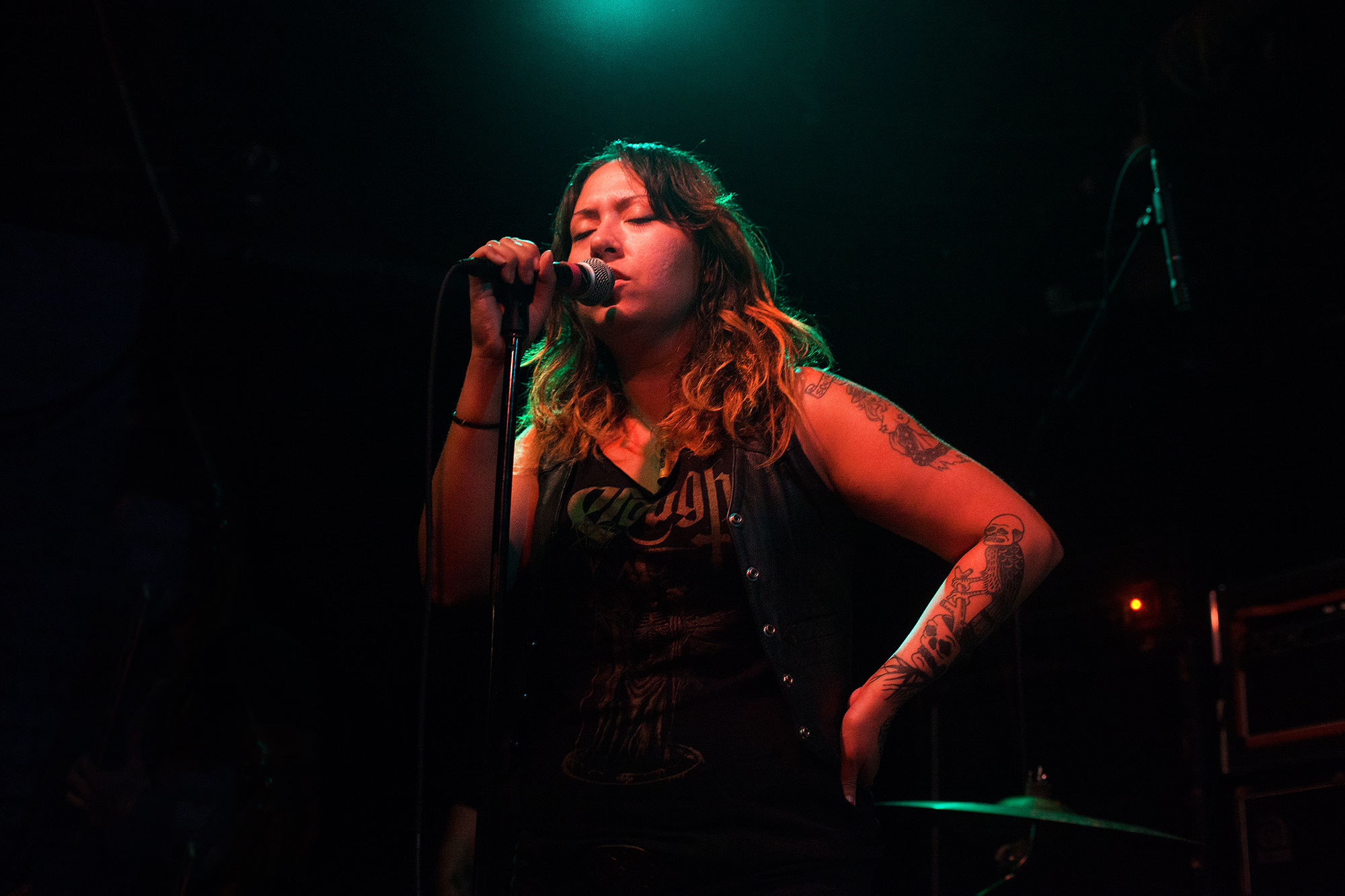 Dorthia Cottrell of Windhand performing on The Backstage at Black Cat.