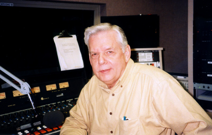 Bluegrass radio king Ray Davis died Dec. 3 at the age of 81.