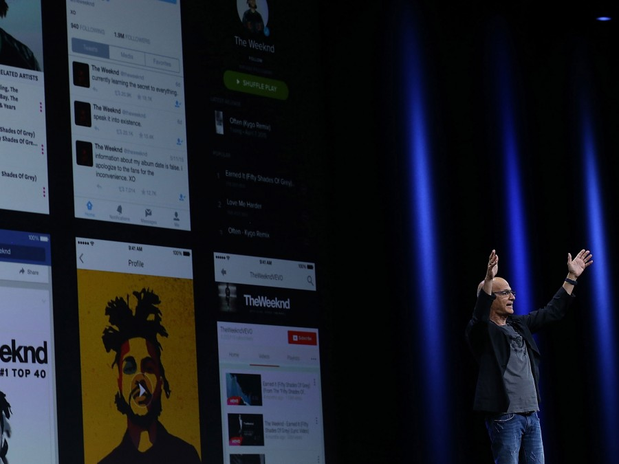 Jimmy Iovine announces the new streaming service Apple Music in San Francisco.