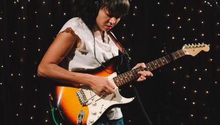 La Luz performs live in the KEXP studio.